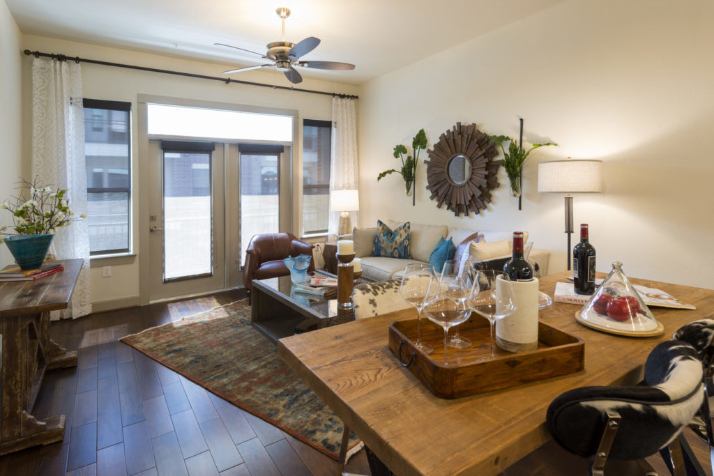 When Choosing A Luxury Apartment, Especially In An Urban Environment Like  Houston, Finding The Right Apartment Amenities Is Of Critical Importance,  ...